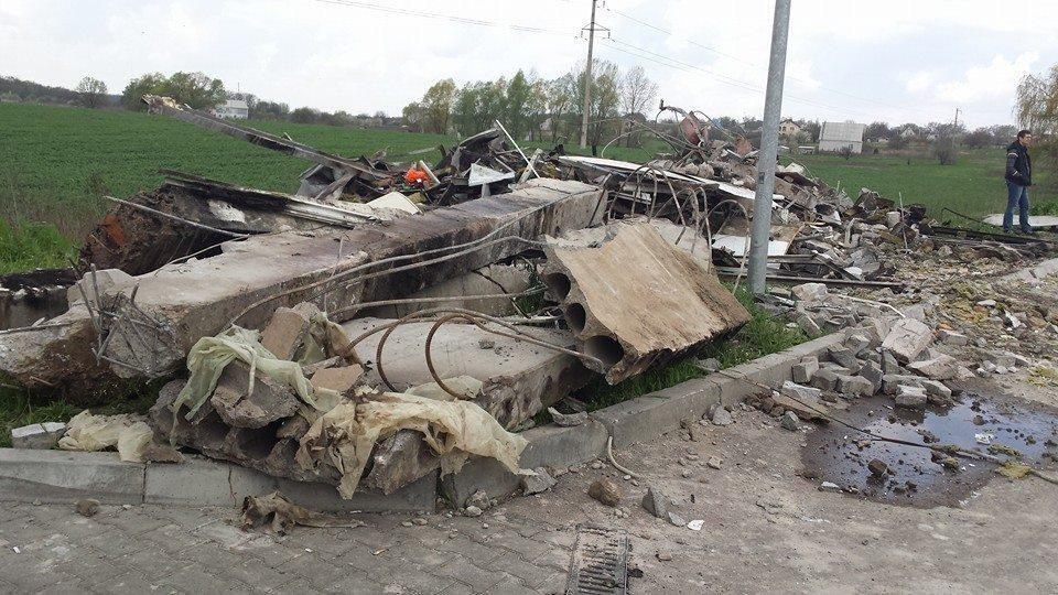Взрыв на АЗС под Переяслав-Хмельницким: открыто производство