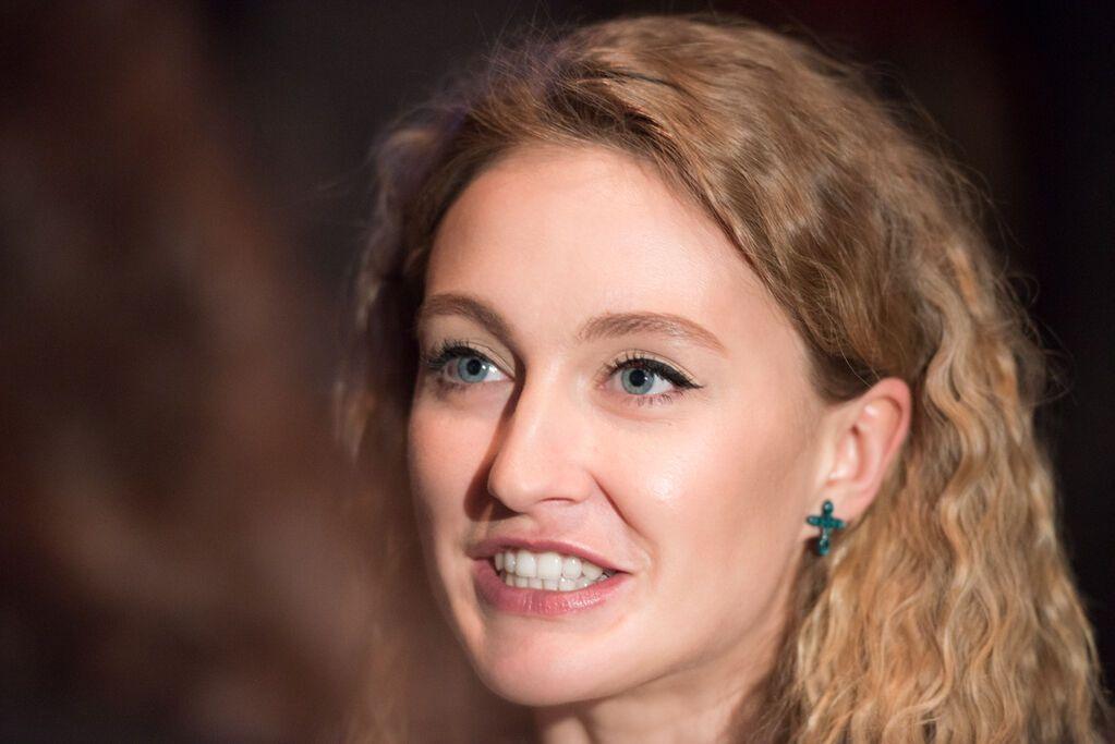 Арбенина прилетела в Киев, чтобы поддержать Рождена Ануси