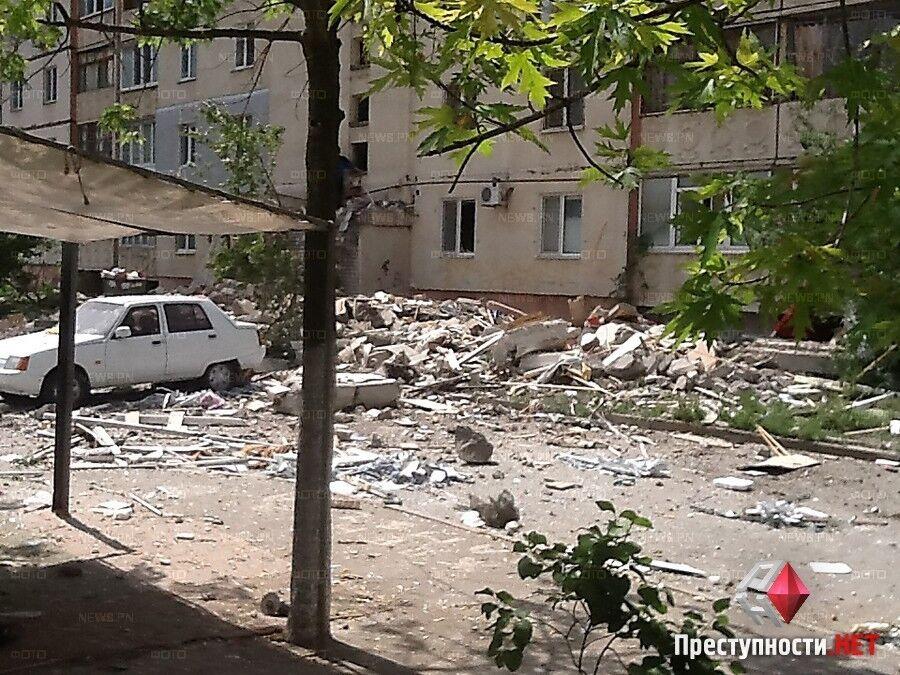 Во время взрыва многоэтажки в Николаеве погибло два человека, трое пострадали