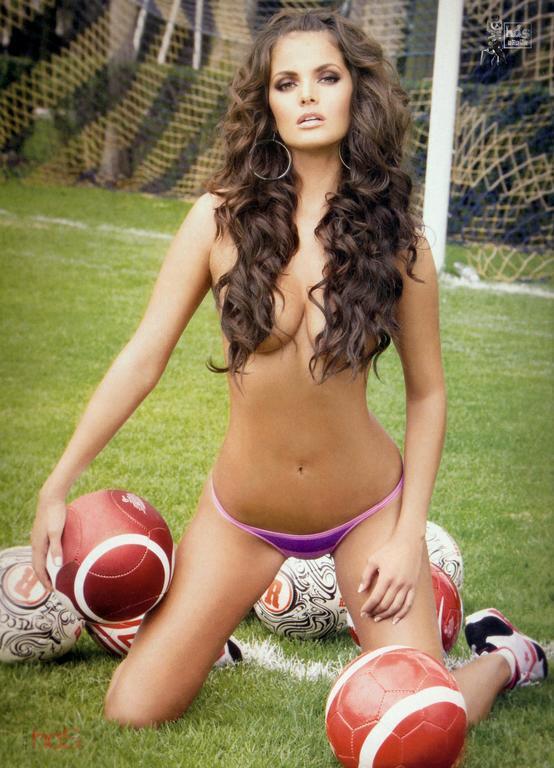 Забыть о спорте. 13 самых сексуальных спортивных журналисток зарубежного ТВ
