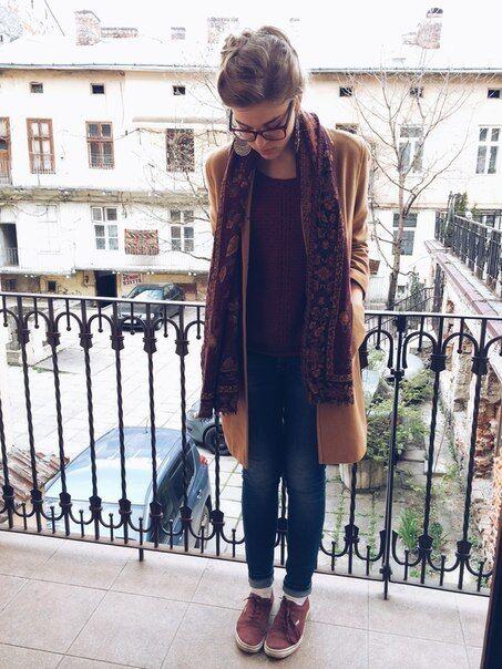 Дочка Тягнибока змінила імідж і стала носити прозорі кофти