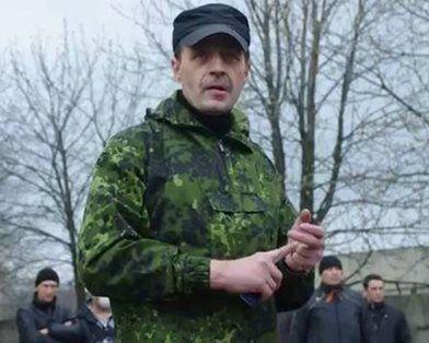 """""""Біс"""" поставив полонених """"живим щитом"""" в колоні на Луганськ"""