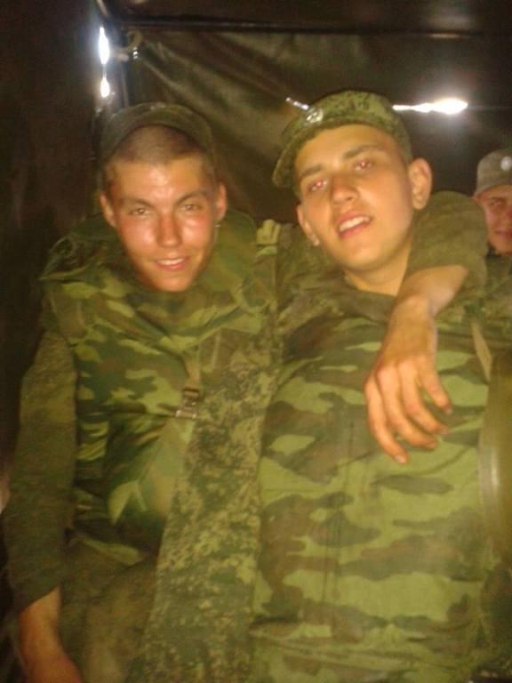 Солдати РФ не сплять в очікуванні наказу йти воювати в Україну. Відеофакт