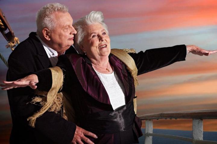 Прикольные картинки пенсионерка, доброго