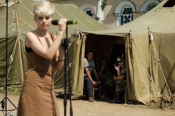 Воїни музичного фронту підтримують бійців АТО
