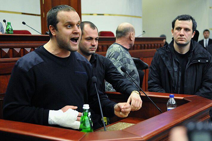 Губарев смотрел на однокурсников наполеоном и выращивал коноплю