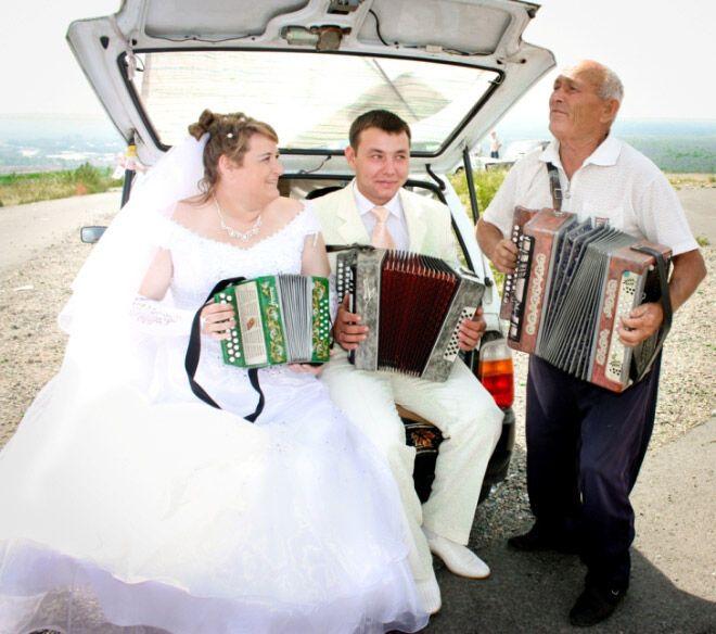 кто-нибудь фото типичная русская свадьба днем милиции, дружище