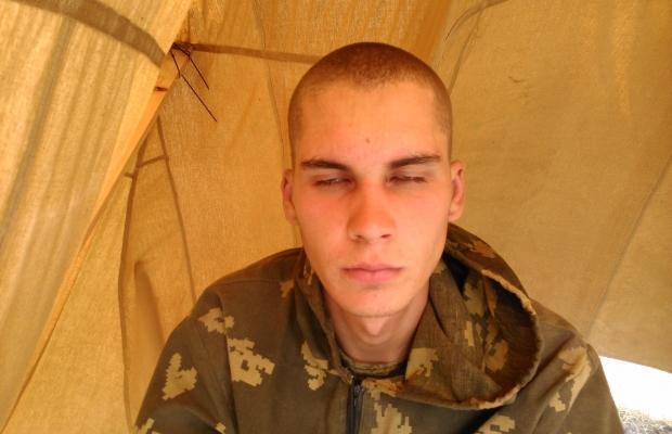 Обнародованы фото задержанных на Донбассе российских десантников