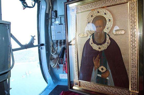 Хресний хід на гелікоптері: церква і ФСБ стали трішки ближчі до Бога