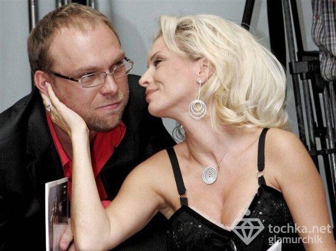 Власенко впервые за 9 месяцев заплатил дочери алименты – 1273 грн