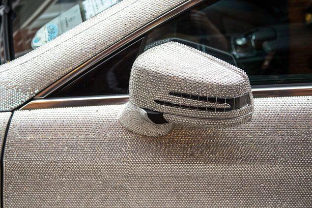 Российская студентка шокировала британцев декором своего авто