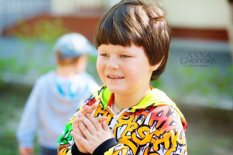 Мир малышей с аутизмом. История четвертая: Святослав не замечает родителей