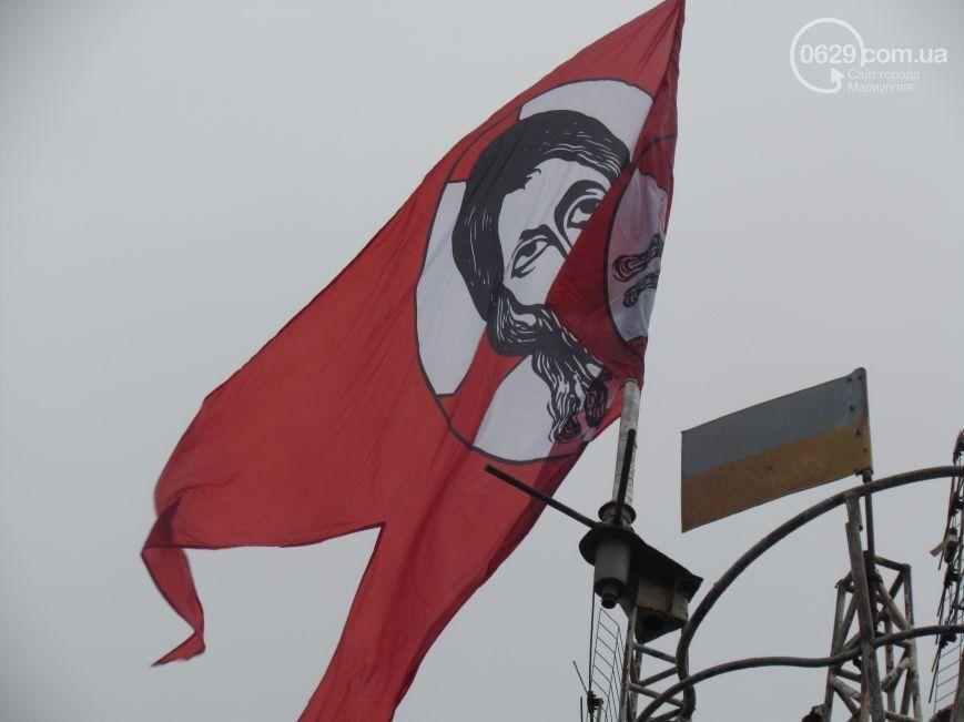 """В Мариуполе начал действовать новый батальон """"Святая Мария"""""""