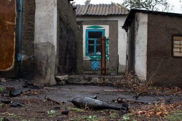 В сети появились фото разбитой техники АТО в Новокатериновке