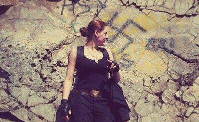 Против террористов на Донбассе сражается 18-летняя россиянка: опубликованы фото