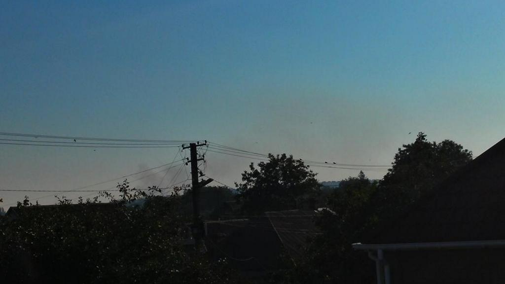 В Мариуполе с утра слышны мощные взрывы