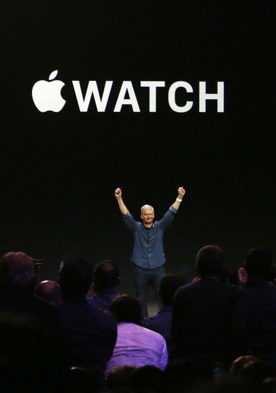 Apple представила два новых iPhone, умные часы iWatch и платежную систему