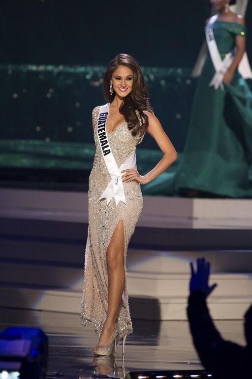 """Шоу вечерних нарядов на """"Мисс Вселенная 2015"""": роскошные платья самых красивых девушек мира"""