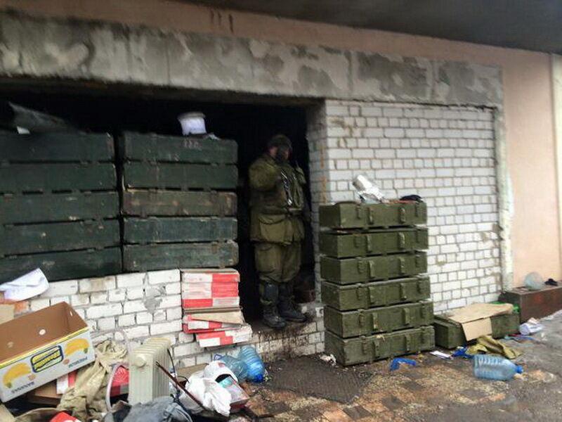 Что оставляют после себя террористы: разрушенные дома в Песках (фото 4)
