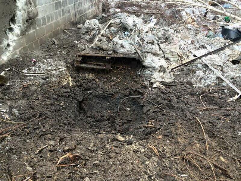 Что оставляют после себя террористы: разрушенные дома в Песках (фото 7)