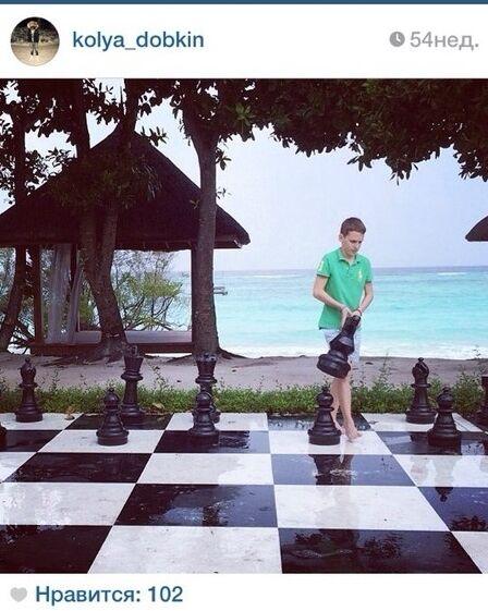 Сын Добкина развлекается на Мальдивах и выходит на поле вместе с Роналду