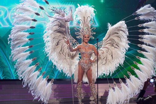 """Определен лучший национальный костюм конкурса """"Мисс Вселенная 2015"""""""