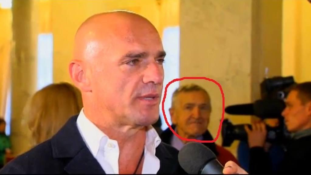 """Таинственный """"Базилио"""" бродит по Раде: в сети рассекретили мужчину, сопровождающего политиков в парламенте"""