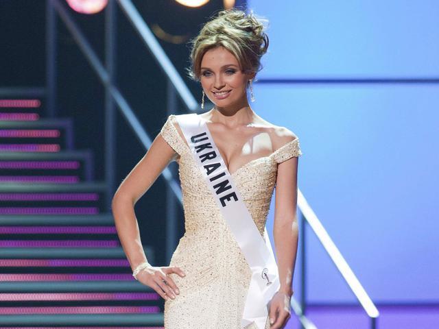 """9 девушек, которые представляли Украину на """"Мисс Вселенная"""": кто красивее"""