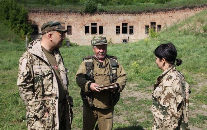 """Волонтер розповів, як шукають тіла українських військових на території """"ДНР"""""""