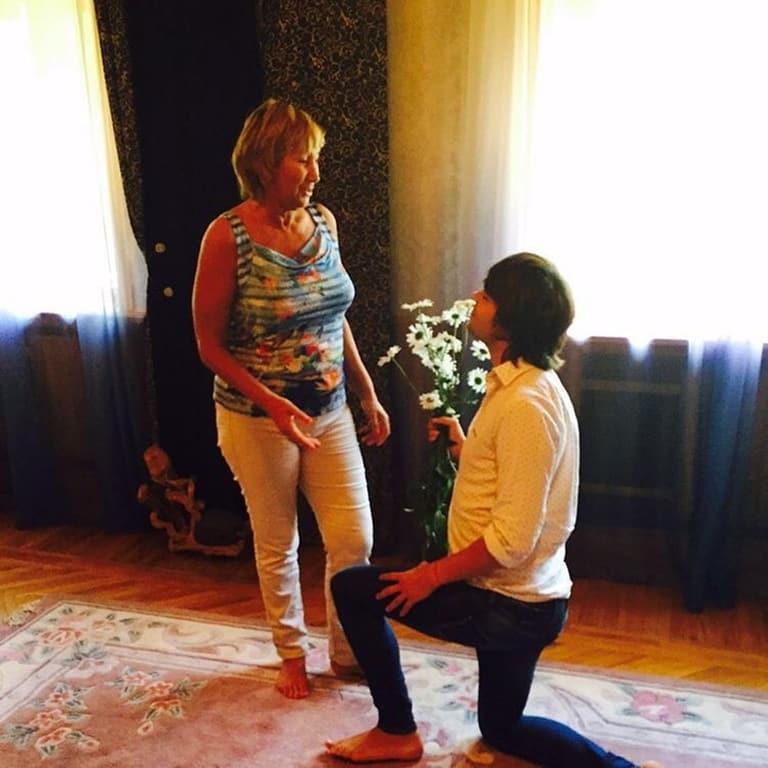"""""""Шальная невеста"""": 53-летняя Копенкина шокировала фото в свадебном платье"""