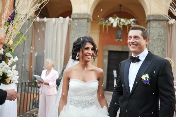 28-летння Санта Димопулос выходит замуж в третий раз: фотофакт