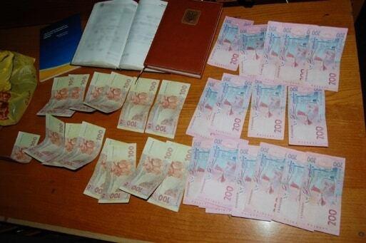 СБУ затримала одразу двох хабарників на Чернігівщині