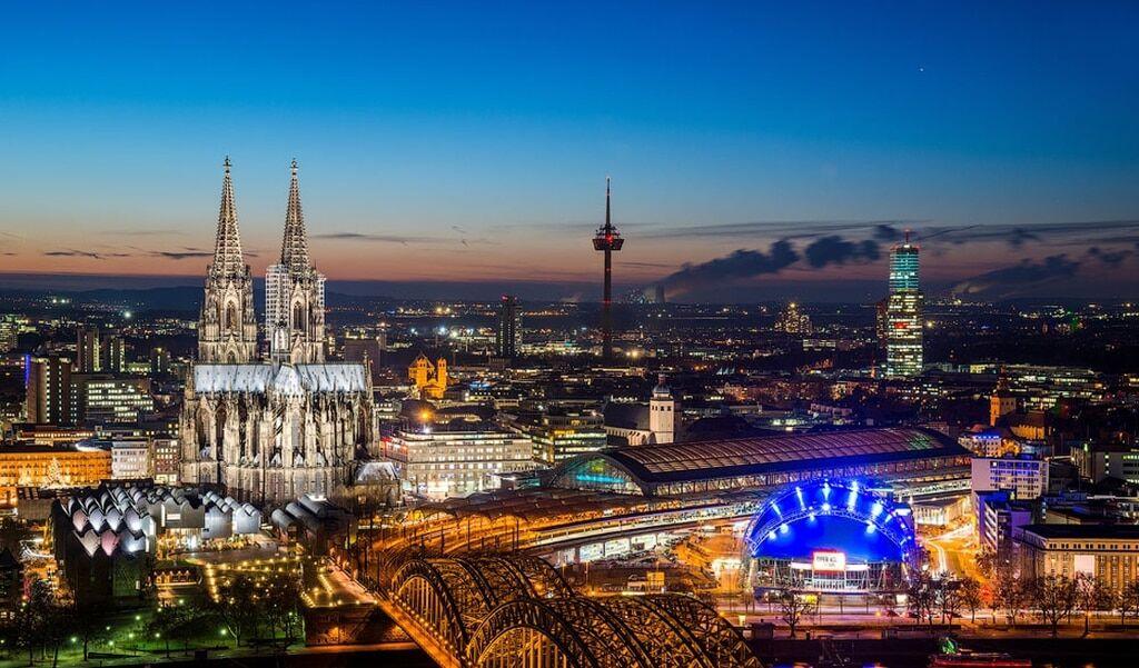 10 мрачных городов мира, где Солнце почти не светит