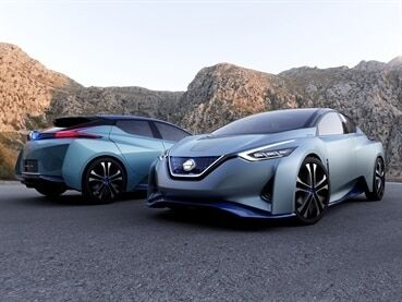 """Токийский автосалон: Nissan показал """"беспилотник"""", который ездит в стиле хозяина"""