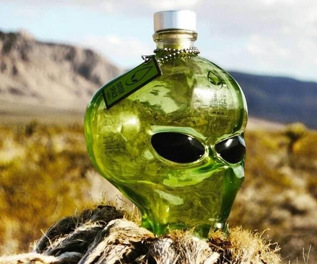 """У США почали продавати інопланетну горілку з """"неземним смаком"""""""