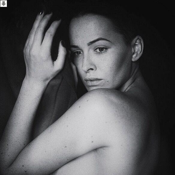 Даша Астафьева удивила чистым образом на откровенных фото