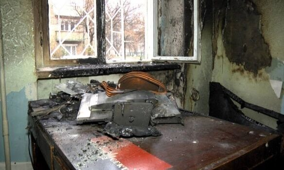 У Сумах підпалили волонтерський центр: фото з місця подій