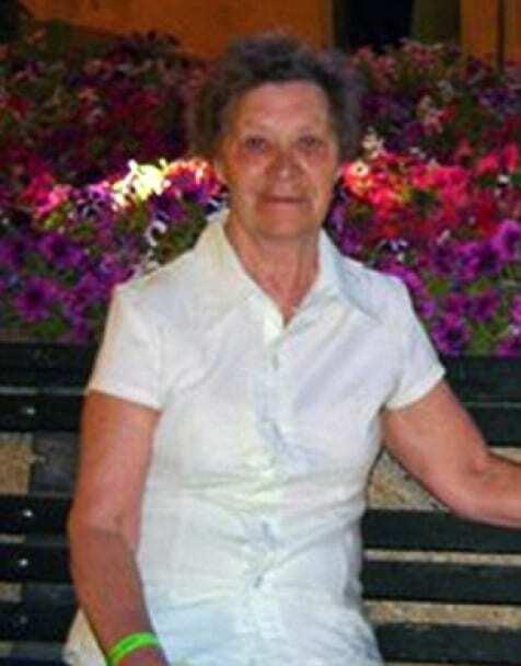 Дитина і пенсіонерка: стало відомо, хто сидів на бомбі в А321. Фото загиблих