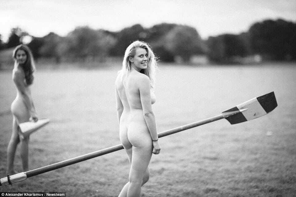 В Англии юные спортсменки снялись обнаженными ради борьбы с раком