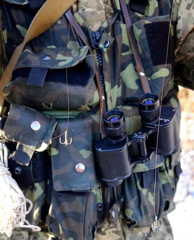 На крючке террориста: в АТО придумали адский способ установки растяжек