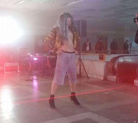 Луганский театр эротической моды шокировал жителей Киева эпатажным треш-шоу