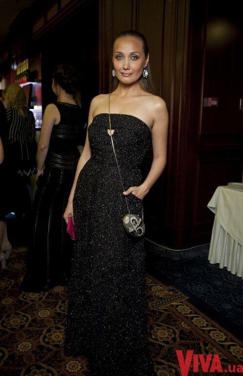 Фреймут и Огневич поразили роскошными платьями на балу в Киеве