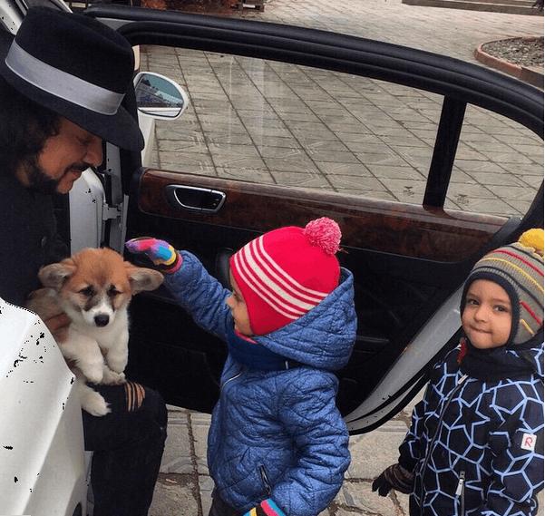 Киркорову подарили домашнего любимца за 1,5 тысячи долларов