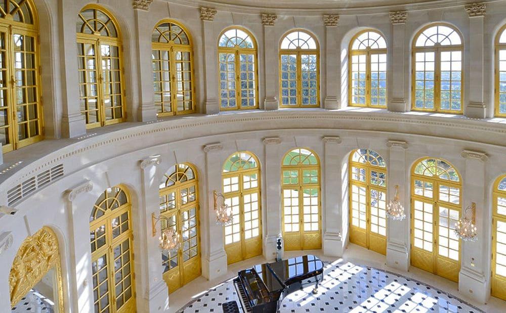 Угода століття: ЗМІ показали вражаючий декор особняка за $301 млн