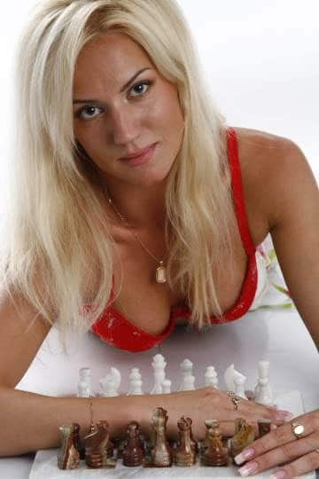Іменинниця дня. Найсексуальніша шахістка світу