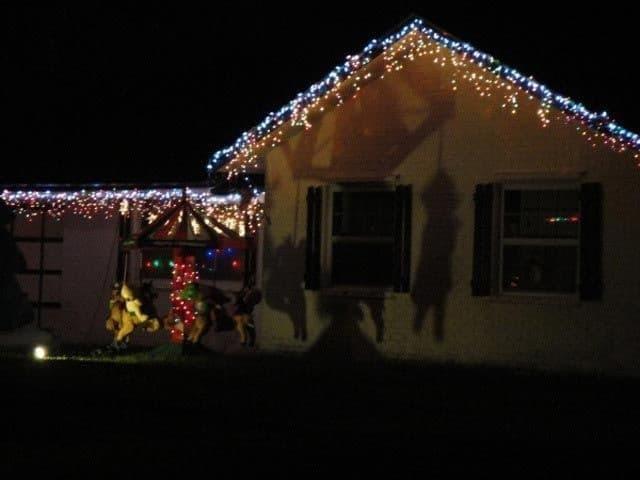 Свято відміняється: опубліковано фото гірших прикрас на Новий рік