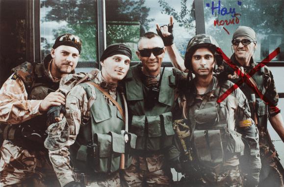 Только фото на память: сильнейший фотопроект о погибших в войне на Донбассе героях