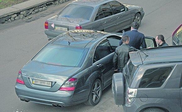 У Саакашвілі засікли новий автомобіль за 4,2 мільйони: фотофакт