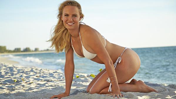 Знаменитая теннисистка снялась в жаркой фотосессии: эротичные фото