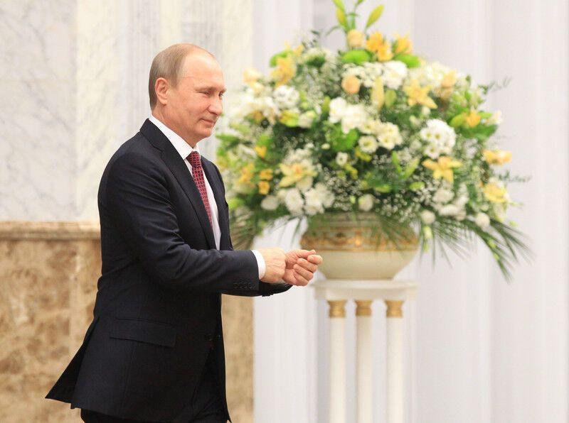 """В Минске Порошенко обращался к Путину на """"ты"""", а тот срывался на крик – Der Spiegel"""